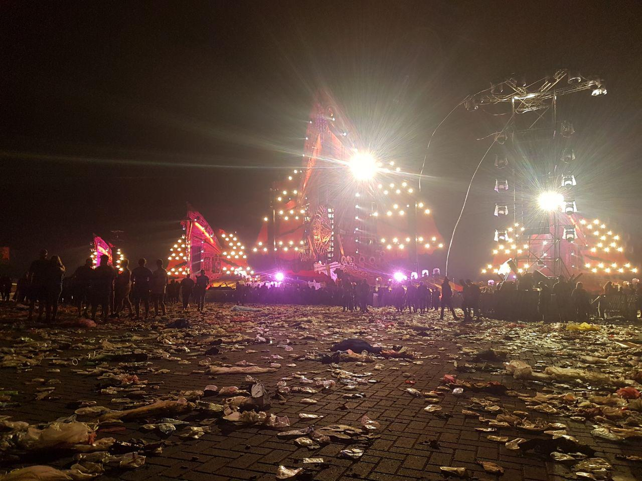 [img width=1024 height=768]http://www.eindefotos.nl/images/newspost_images/2017-defqon1_pre.jpg[/img]